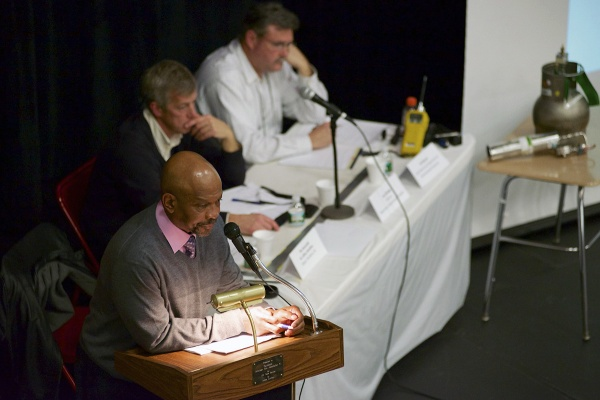 <p>&lt;p&gt;Paulsboro Mayor Jeffrey Hamilton addresses the crowd at the second community meeting on the toxic spill. (Bas Slabbers/for NewsWorks)&lt;/p&gt;</p>