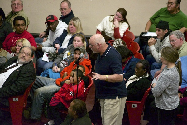 <p>&lt;p&gt;The meeting was held at Paulsboro High School. (Bas Slabbers/for NewsWorks)&lt;/p&gt;</p>