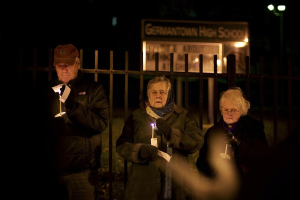 <p><p>A vigil for the victms of the Sandy Hook Elementary shooting was held Thursday night at the front gate of Germantown High School. (Bas Slabbers/for NewsWorks)</p></p>