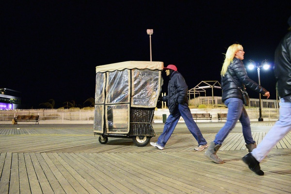 <p><p>Dec 31, 2012, 10 p.m. only a few people are seen strolling over the Boardwalk. (Bas Slabbers/for NewsWorks)</p></p>