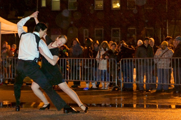 <p>&lt;p&gt;Dancers Eleanor and David Small perform in the rain for the Society Hill Dance Academy. (Bas Slabbers/for NewsWorks)&lt;/p&gt;</p>