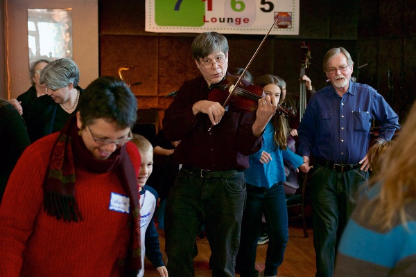 <p>&lt;p&gt;Clifford Wagner plays Lithuanian tunes on his violin. (Bas Slabbers/for NewsWorks)&lt;/p&gt;</p>