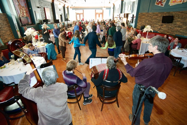 <p>&lt;p&gt;A fun filled afternoon of music, dance and food for members of the Mt. Airy-Nippon-Bryan-Cresheim community. (Bas Slabbers/for NewsWorks)&lt;/p&gt;</p>