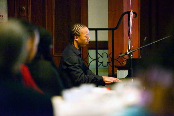<p><p>Rudolph Sutton starts the evening of on the piano. (Bas Slabbers/for NewsWorks)</p></p>