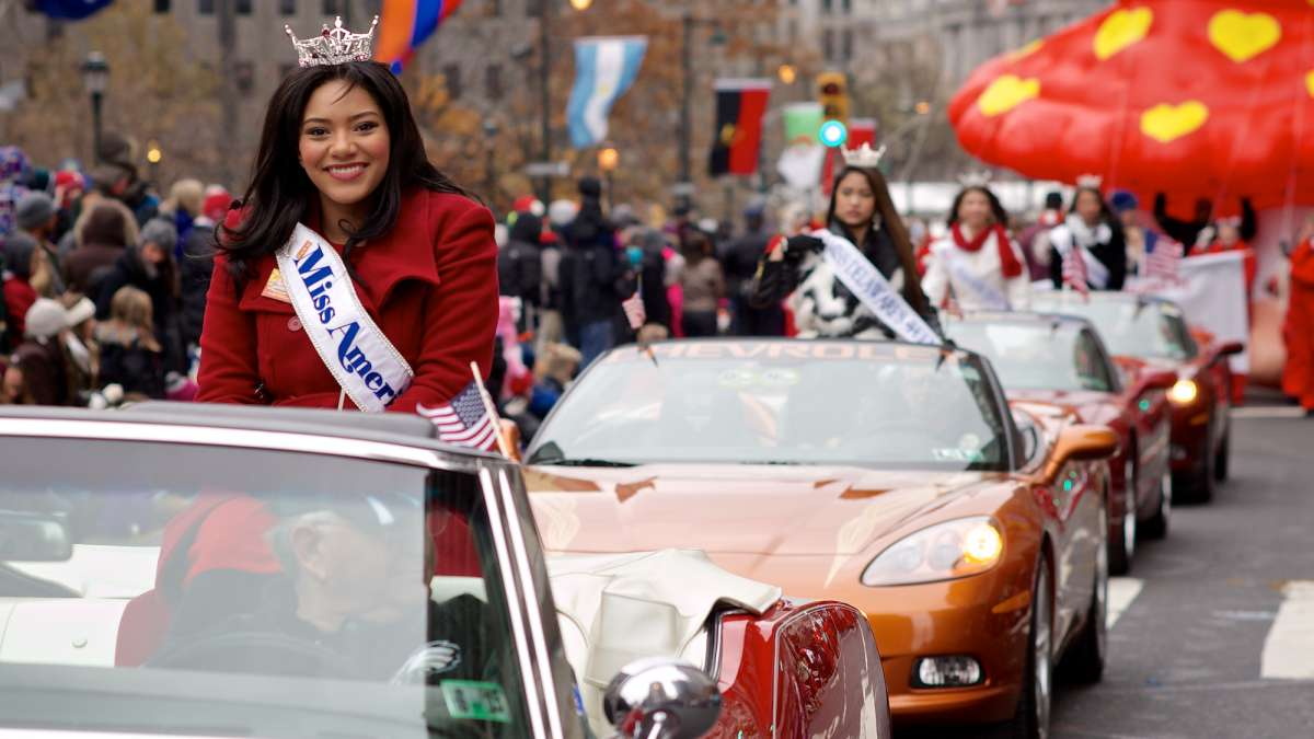 Miss America Outstanding Teen 2015, Olivia McMillan, Miss America 2015, Kira Kazantsev and other local state Misses made and appearance at the parade. (Bas Slabbers/for NewsWorks)