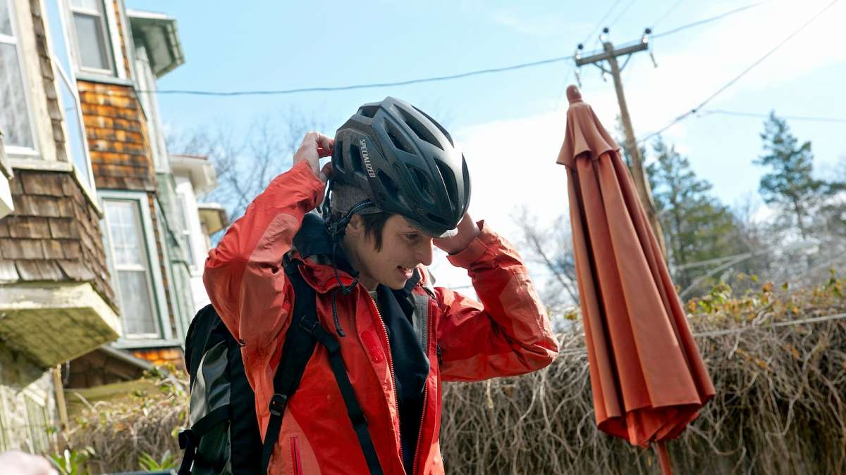 Alison Cohen leaves her Mt. Airy home for a 45-minute commute to Northern Liberties. (Bastiaan Slabbers/for NewsWorks)