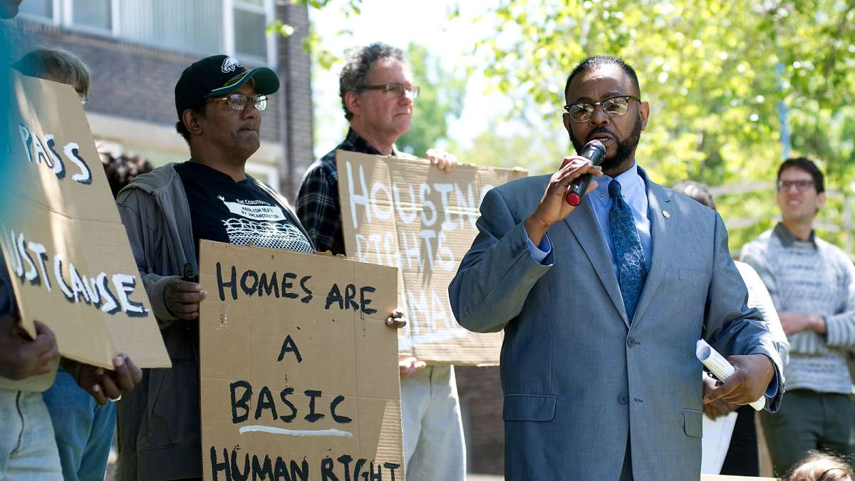 Councilman Curtis Jones, Jr. speaks at an anti-eviction rally, organized by Philadelphia Tenants Union, on Wednesday.