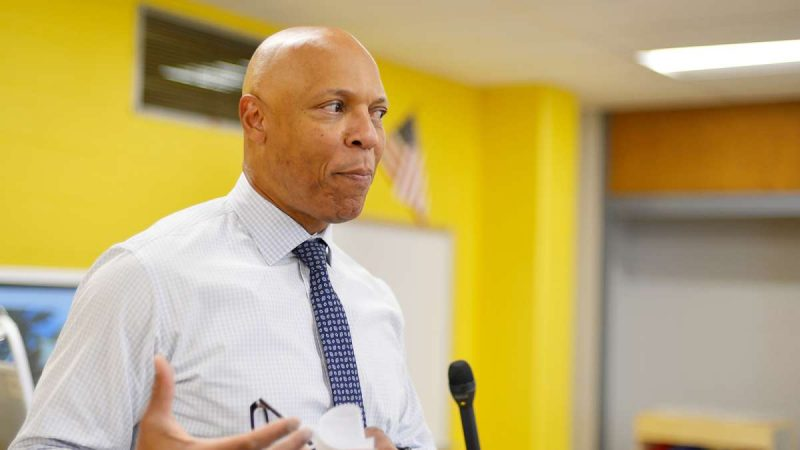 Ahead of the start of the new school year, Superintendent Dr. William Hite tours modernized classrooms at one of the eight schools, Allen M. Stearne Elementary, in the Frankford Section of the city, on August 23, 2017. (Bastiaan Slabbers for WHYY)