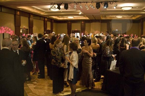 <p><p>Guests enjoy cocktails before dinner at Living Beyond Breast Cancer's Butterfly Ball, held Nov. 10 at Loews Philadelphia Hotel (Photo courtesy of Zoey Sless-Kitain)</p></p>