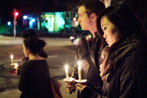 "<p><p>38. ""<a href=""index.php/local/roxborough-feature/34669-alonzo-lewis-vigil-at-philadelphia-university-intersection-on-henry-avenue-"">Phila U. students and staff host vigil for traffic fatality victim</a>"" (Feb. 29). In February Philadelphia University students Jacob Noon, Laureen Wong and dozens of other attended the candle light vigil for fellow student  Alonzo Lewis.  Lewis was died when he was struck by a car at the corner of Henry Avenue and Schoolhouse Lane. (Bas Slabbers/for NewsWorks)</p></p>"