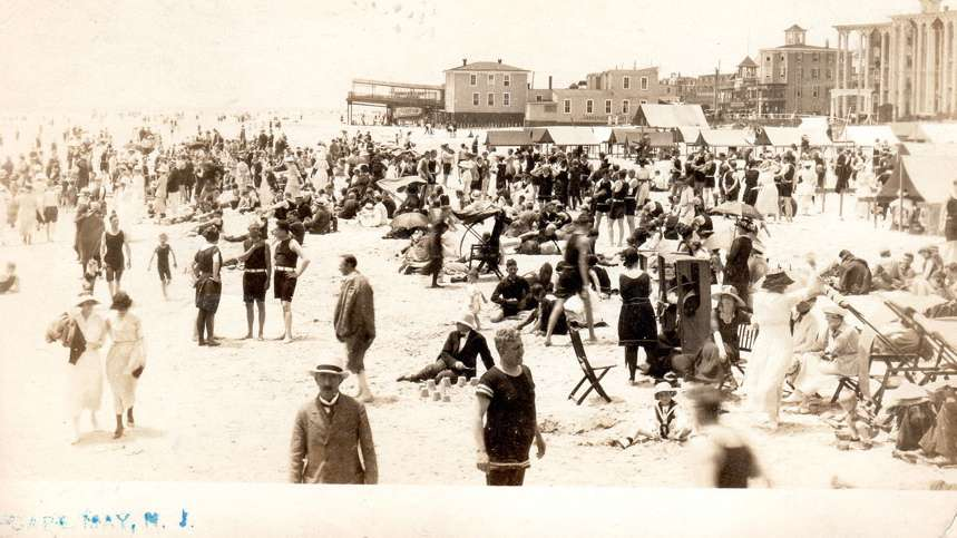 A post card depicts the Ocean Street beach as it appeared in 1920. (Richard Gibbs Collection)