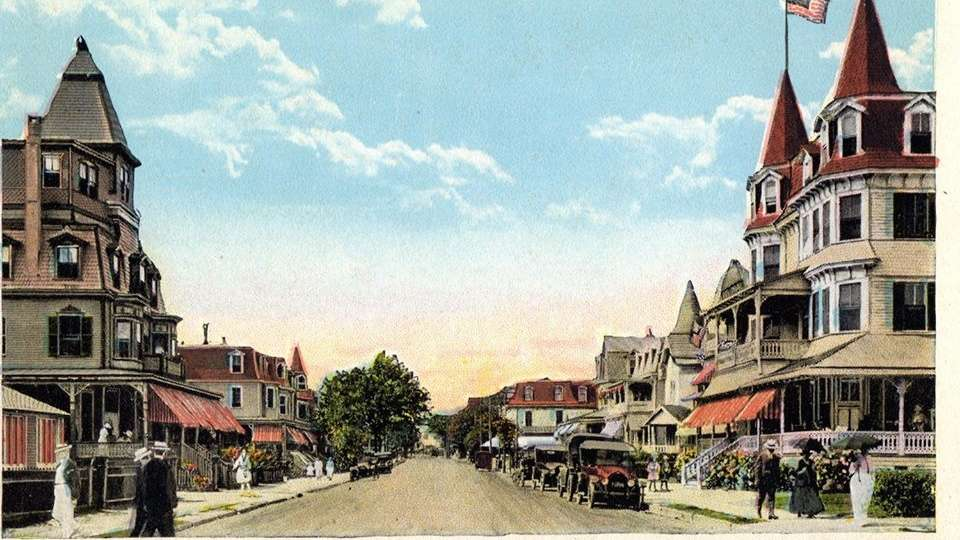 A postcard depicting Ocean Street as it was about 100 years ago. (Richard Gibbs Collection)