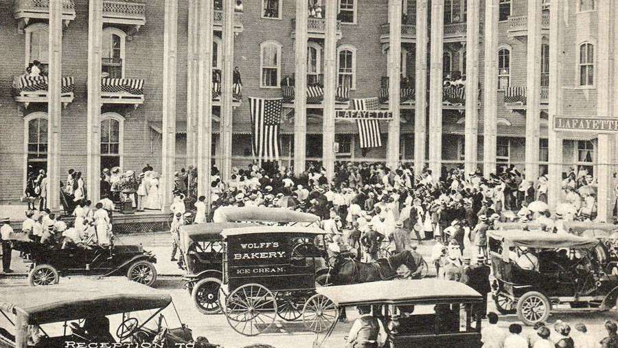 In 1911 Gov. Woodrow Wilson addressed a crowd from the balcony of the Lafayette Hotel. (Richard Gibbs Collection)