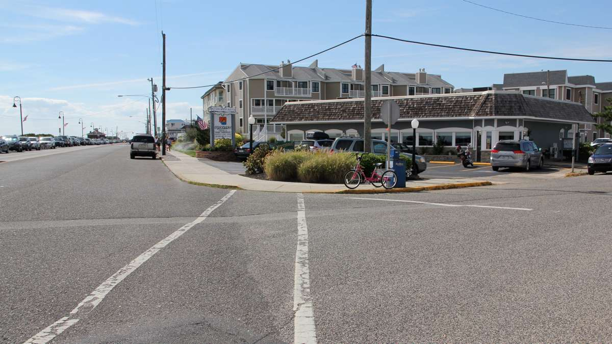 Today the Oceanview Restaurant occupies the same corner. (Emma Lee/WHYY)