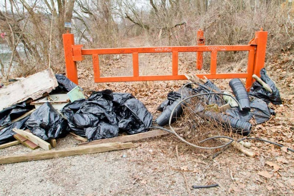 <p>&lt;p&gt;Trash and debris is collected along Ottinger Track by Volunteers partcipating in Ivy Ridge Green's Martin Luther King Day clean up. (Brad Larrison/For NewsWorks)&lt;/p&gt;</p>