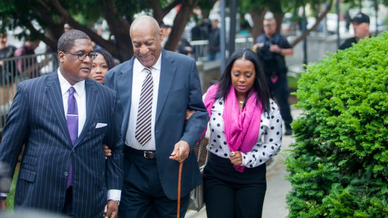 Comedian Bill Cosby makes his way into the Montgomery County Courthouse Monday for the first of day of his trial for the alleged sexual assault of Andrea Constand. (Brad Larrison for NewsWorks)