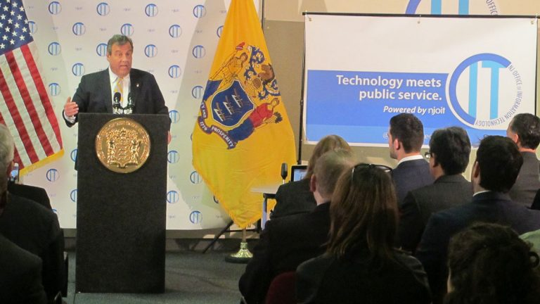 Governor Christie tells information technology employees about his plan for centralizing IT operations of state departments and agencies. (Phil Gregory/WHYY)