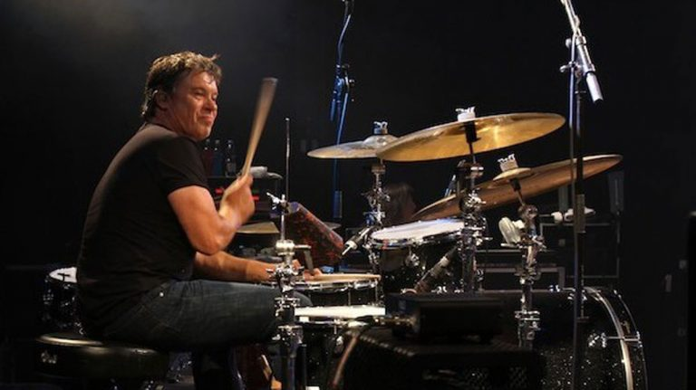 David Uosikkinen was born in Cheltenham, Pa and was the drummer for The Hooters. (Photo courtesy of Stephan Kohler via Wikimedia Commons)