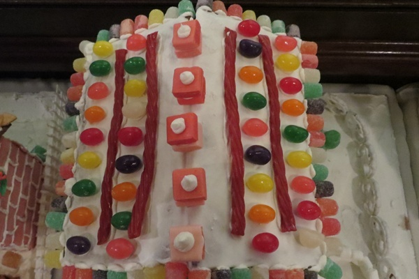 <p><p>Bubble gum, jelly beans and licorice decorate the roof of a house (Shana O'Malley/NewsWorks)</p></p>