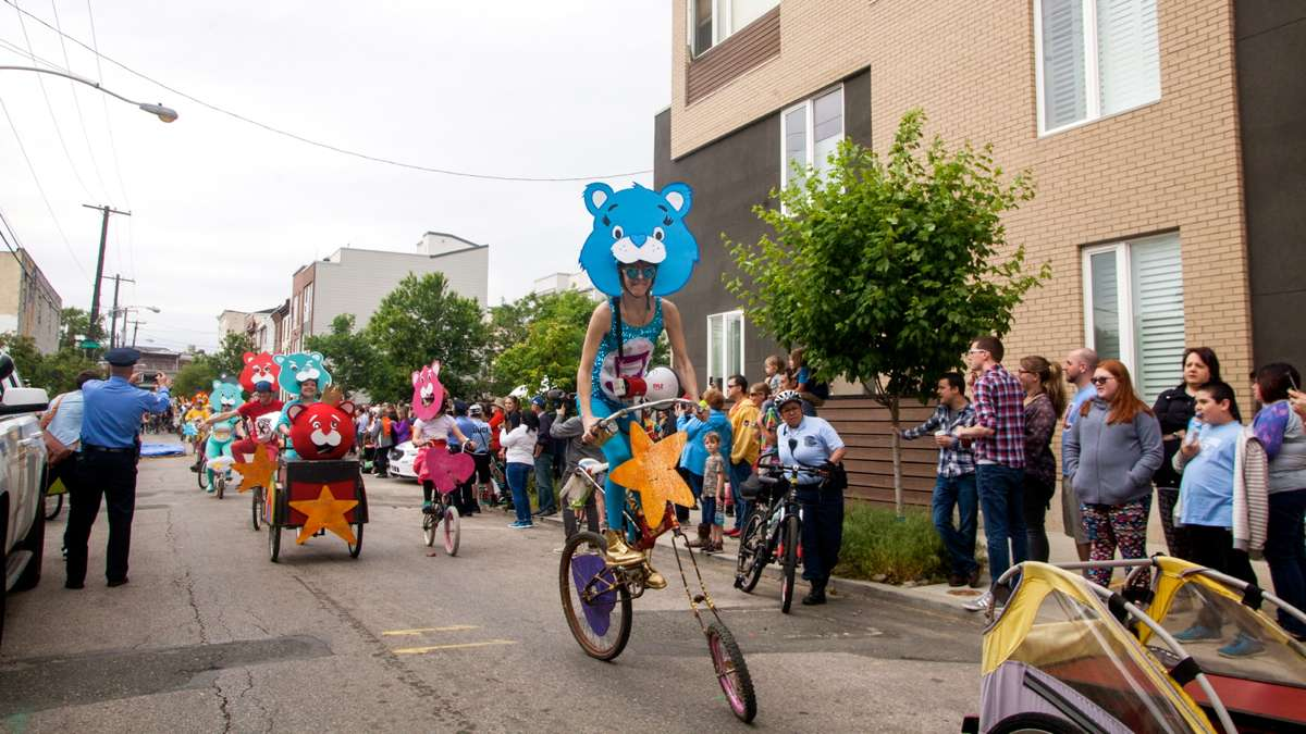 Riders in the Philadelphia Kinetic Sculpture Derby begin the parade around Fishtown and Kensington.