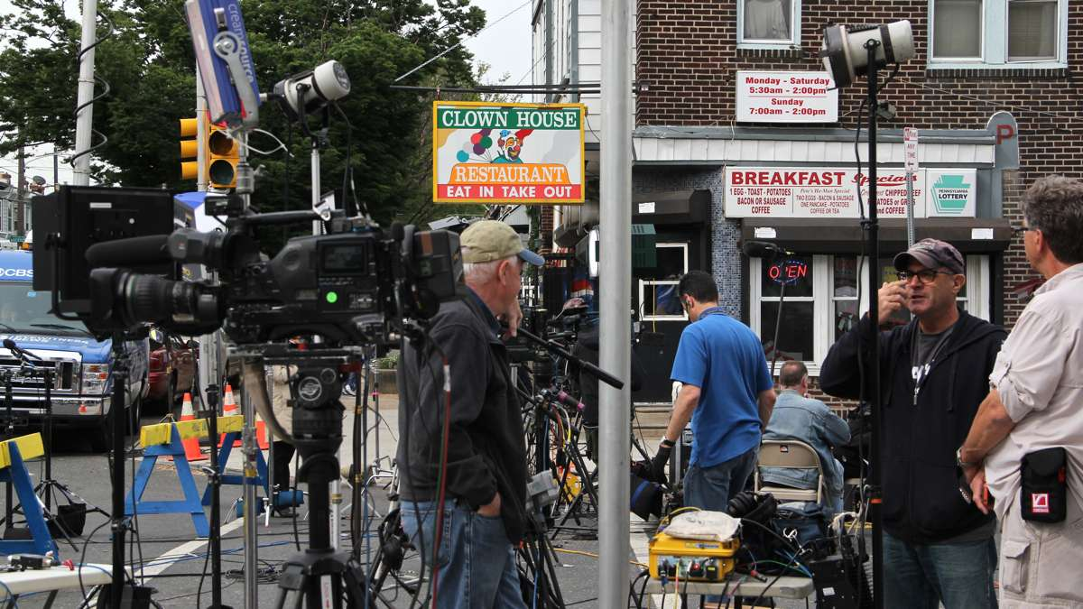 The Clown House at Frankford Avenue and Wheatsheaf offiers breakfast and a ringside seat to the media circus surrounding the Amtrak train derailment.