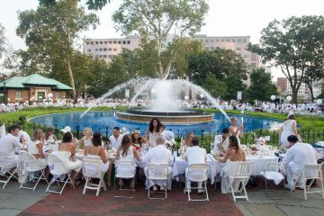 With an estimated 5,300 in attendance, the sixth annual Dîner en Blanc was the largest ever held in the United States, according to organizers. (Brad Larrison for NewsWorks)
