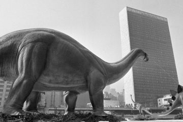 In 1964, a replica 'brontosaurus' was brought to New York City to decorate an oil company's exhibition at the World's Fair. (AP photo, file)