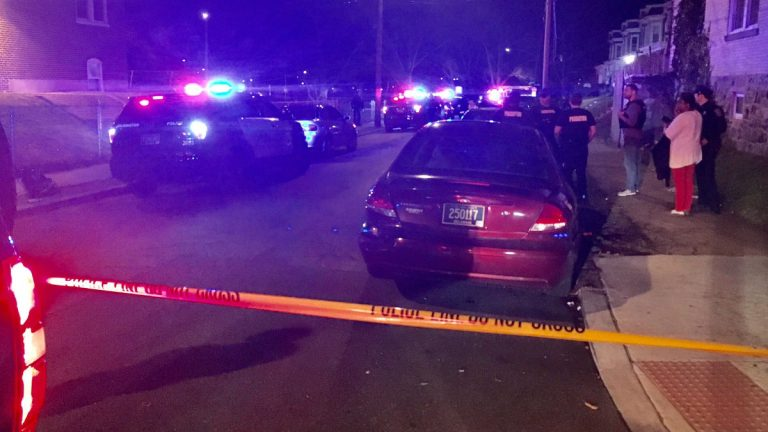 Wilmington Police investigate the second double shooting in the city's northeast section this week. (John Jankowksi/for NewsWorks)