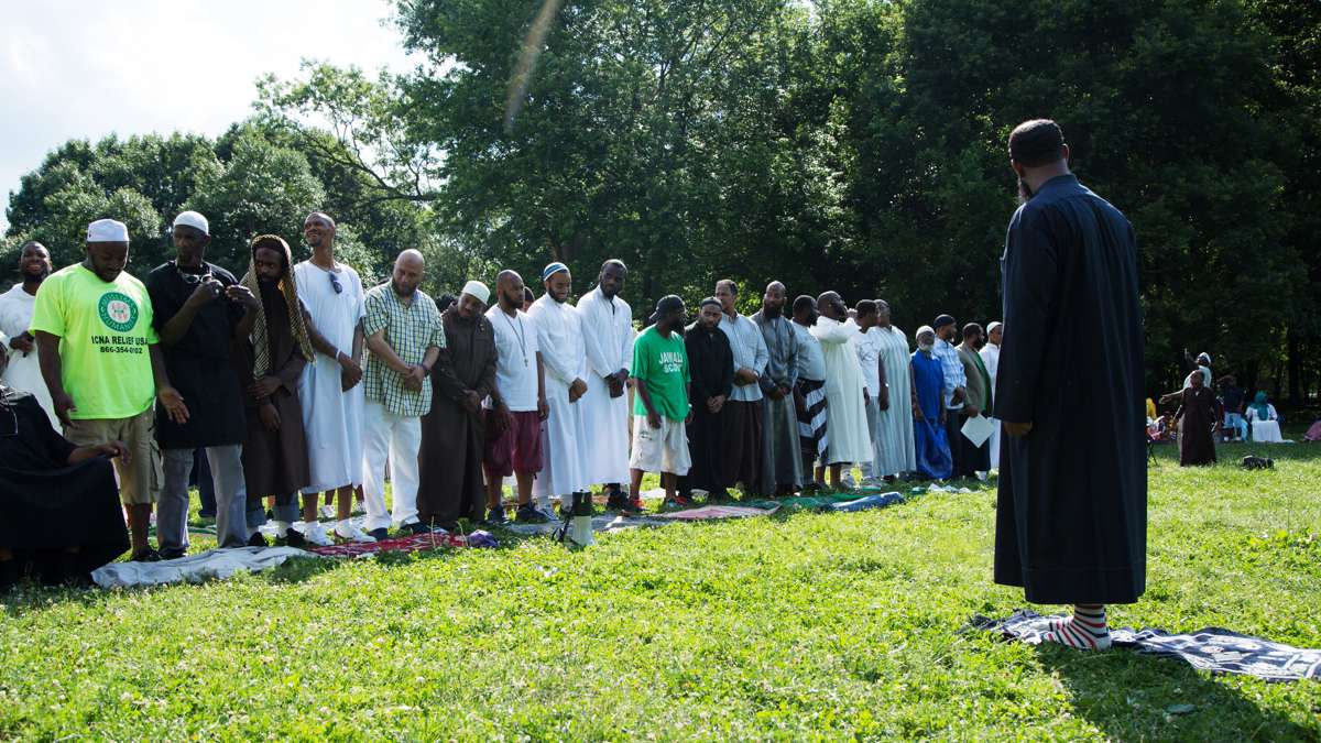 Imam Shadeed Muhammad of United Muslim Masjid prepares to lead afternoon prayers (Asr) at FDR Park