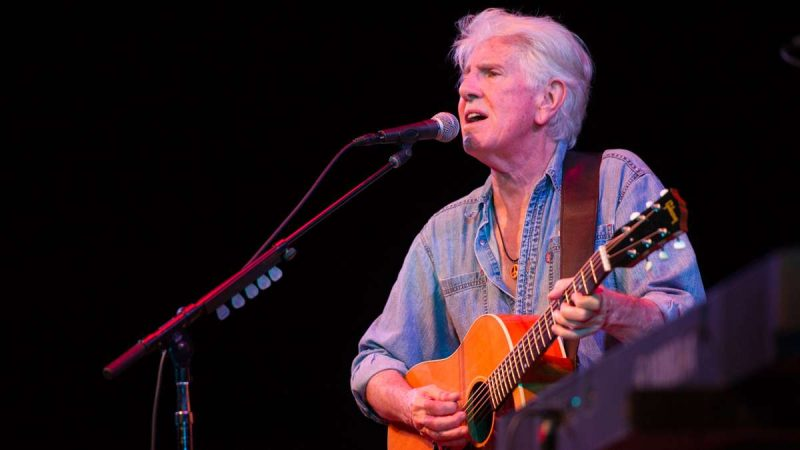 Graham Nash performs during the Saturday evening concert. (Jonathan Wilson for Newsworks)