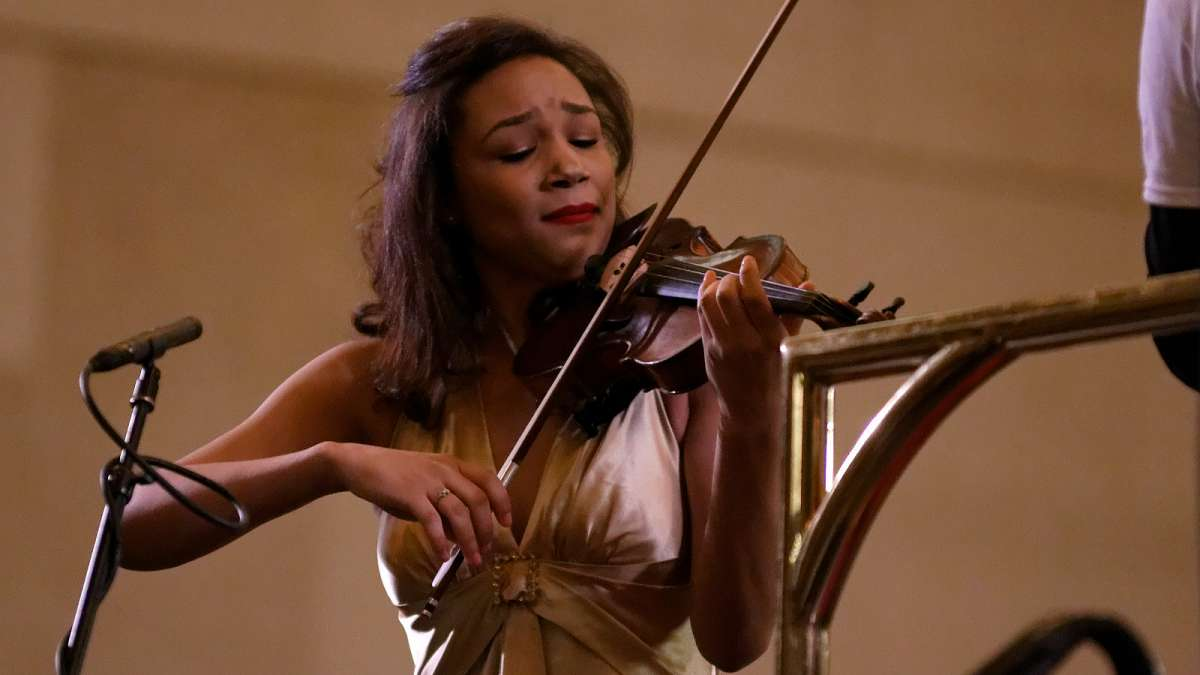 Adé Williams solos during her debut with the Philadelphia Orchestra at the Martin Luther King tribute concert at Girard College. (Bastiaan Slabbers/for NewsWorks)