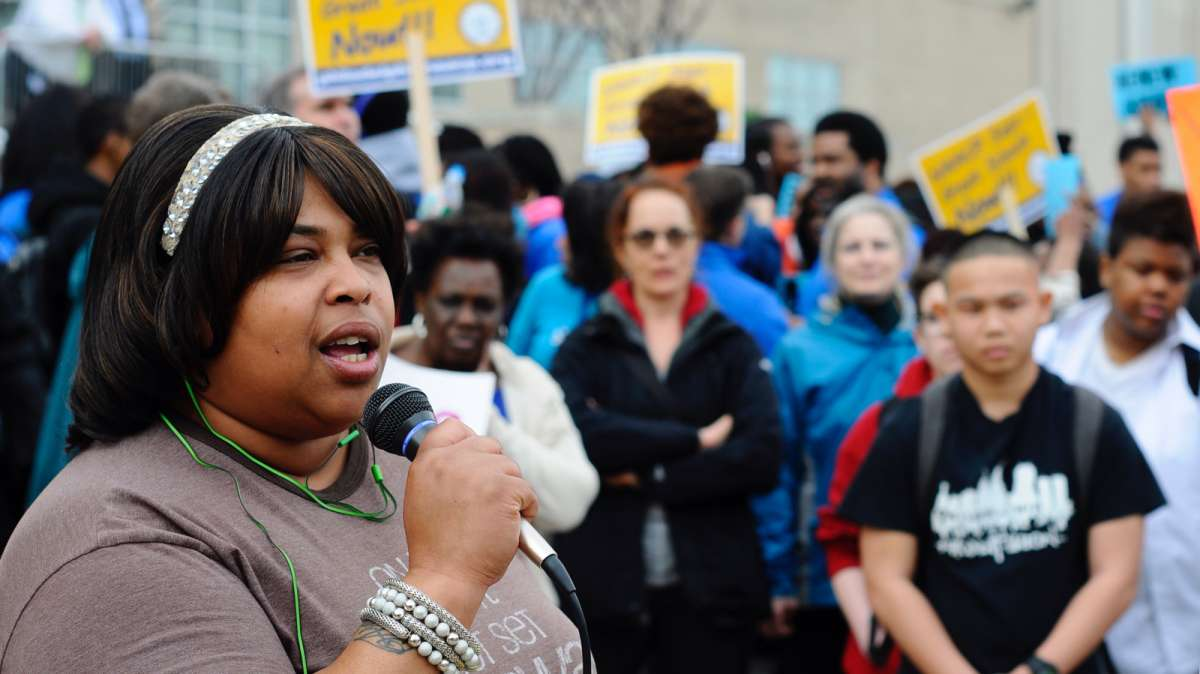 Parent Kenya Nation Holmes, who opposed the change, felt bullied by Mastery supporters during the process. Pictured here speaking at a rally in March 2016. (Bastiaan Slabbers for WHYY)