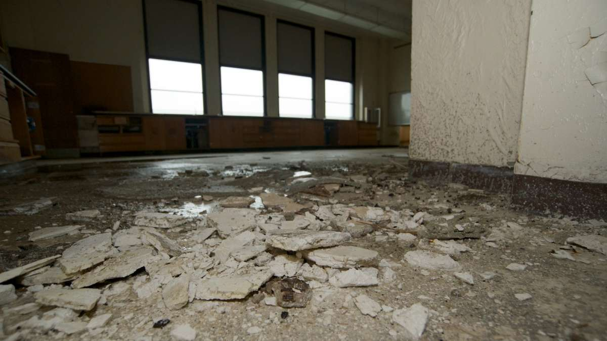 Some portions of the former Germantown High School building have fallen into ruin. (Bas Slabbers/for NewsWorks)