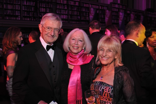 <p><p>Jack Downes (left), Sondra Bergey, and Tobey Dichter, chair of the Foundation's board of directors (Photo courtesy of Kelly & Massa Photography)</p></p>