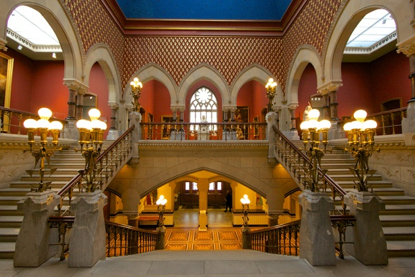 <p><p>The main staircase in The Furness-Hewitt building at the Pennsylvania Academy of Fine Arts. (Nathaniel Hamilton/for NewsWorks)</p></p>