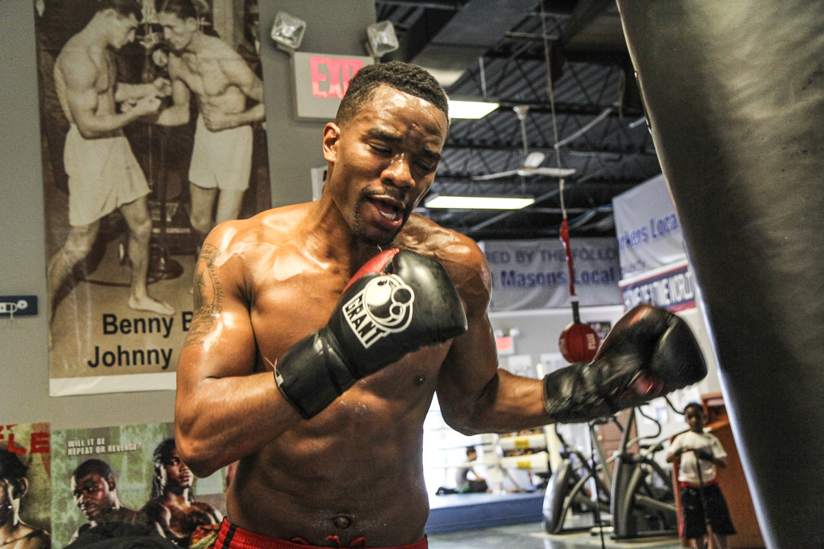 A father's life and a brother's death propel Philly boxer Jesse Hart's dream: Be the best - WHYY