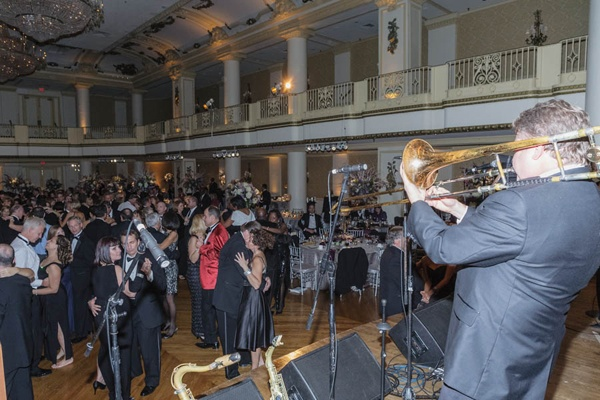 <p><p>Guests dance to the band Urban Guerillas at Einstein Healthcare Network's 60th annual Harvest Ball, held Nov. 3,at the Hyatt at the Bellevue (Photo courtesy of Jeff Price)</p></p>