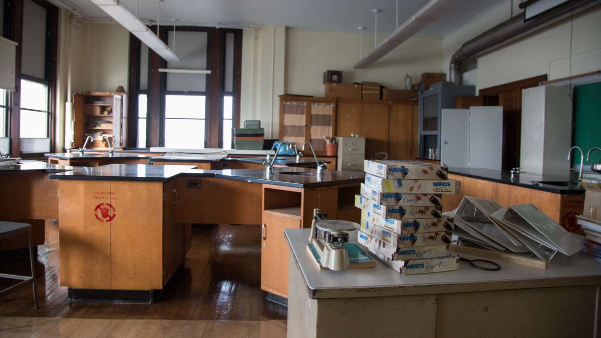An out-of-use science room sits dusty and broken due to lack of science teachers at Overbrook High School. (Emily Cohen for NewsWorks)