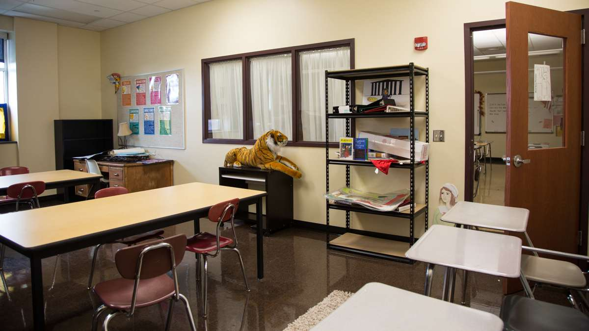 Every two classrooms at Upper Dublin High School share a common room used at the descretion of the teachers for test taking, silent reading, group projects, and more. (Emily Cohen for NewsWorks)