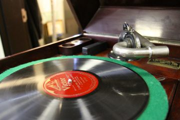 An old, yet functioning, Victrola on display at the RCA Heritage Program Museum at Rowan University. (Zack Seward/WHYY)