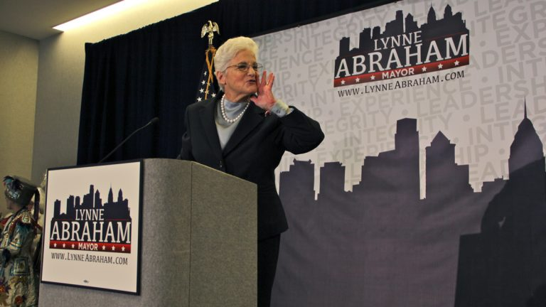 Lynne Abraham announced her candidacy for mayor at the Franklin Institute on Nov. 19. (Emma Lee/WHYY)