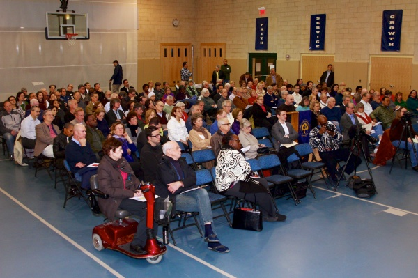 <p><p>Around 130 residents attended CHCA's AVI panel discussion Wednesday night. ( Jana Shea /for NewsWorks )</p></p>