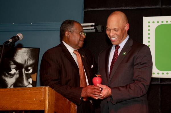 <p>&lt;p&gt;Dr. Hite is presented with a special award from the Philadelphia Alliance of Black School educators. ( Jana Shea /for NewsWorks )&lt;/p&gt;</p>