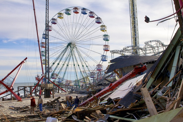 <p>Volunteers work to ensure the Carousel Arcade will be back in business by Memorial Day. ( Jana Shea /for NewsWorks )</p>