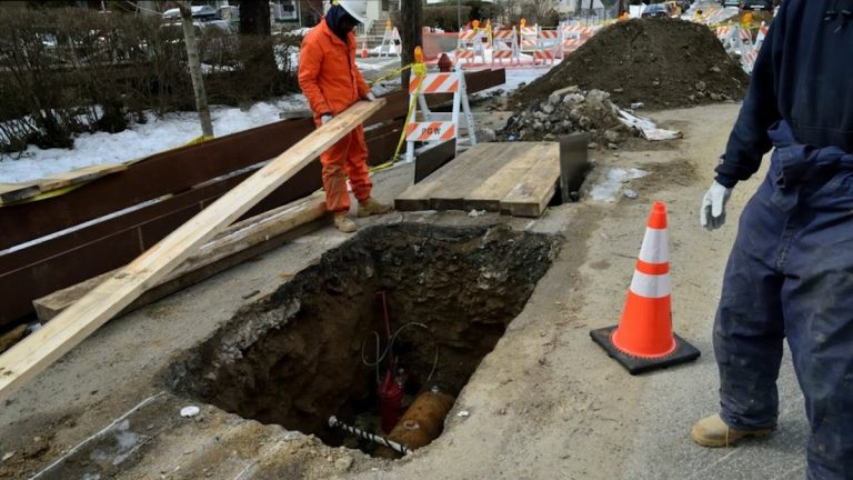 The East Durham Street sinkhole. (Bas Slabbers/for NewsWorks)