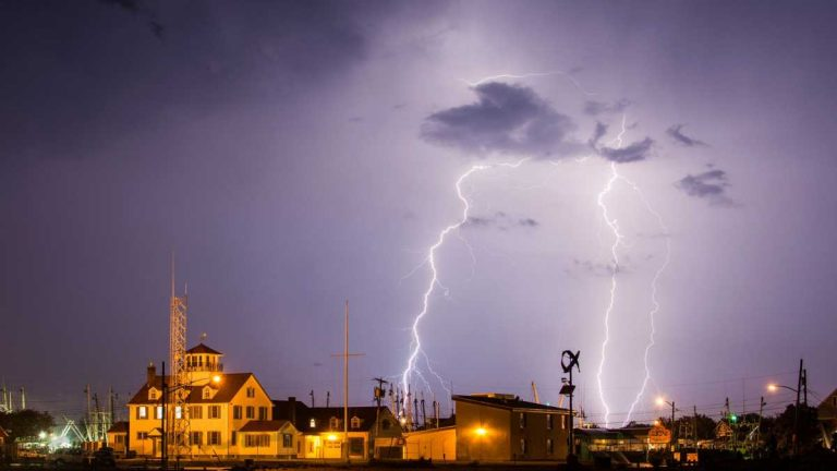 Lighting in Point Pleasant in early July 2014. (Photo: Tom Lozinski Photography via JSHN)