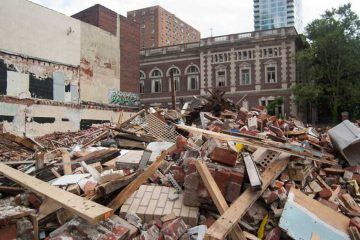 The scene following the 2013 building collapse at 22nd and Market streets in Center City Philadelphia. (NewsWorks, file)
