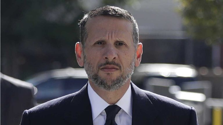 In this Sept. 23, 2016, file photo, David Wildstein arrives at Martin Luther King Jr. Federal Courthouse in Newark, N.J. Wildstein pleaded guilty last year to orchestrating traffic jams in 2013 to punish a Democratic mayor who didn't endorse Gov. Chris Christie. The former high-ranking official at the Port Authority who attended high school with Christie, testified that Christie was told about the traffic in Fort Lee on the third day of the gridlock during a Sept. 11 memorial event. (Julio Cortez/AP Photo, File)