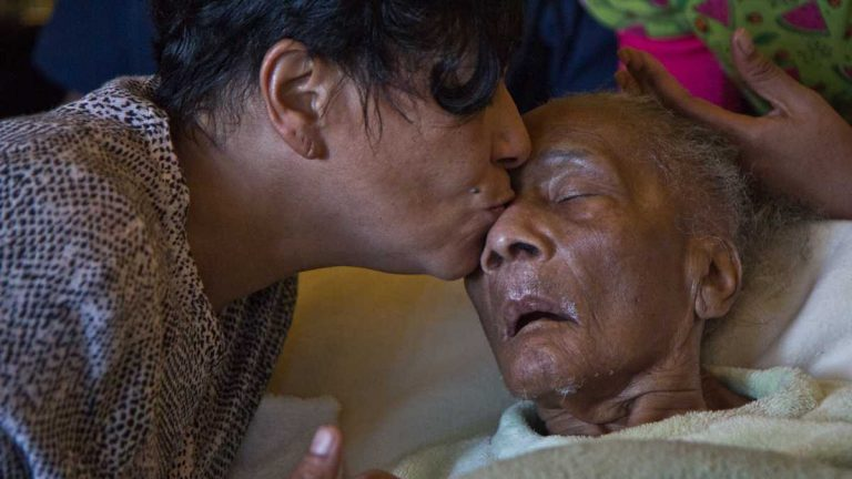 Angela Bobo is the at-home caregiver for her mother, Ruth Perez. (Kimberly Paynter/WHYY)