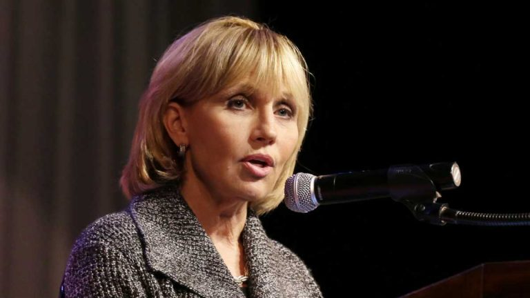 New Jersey Lt. Gov. Kim Guadagno (R) faces Democrat Phil Murphy in the general election for Governor this fall. (AP File Photo/Mel Evans)